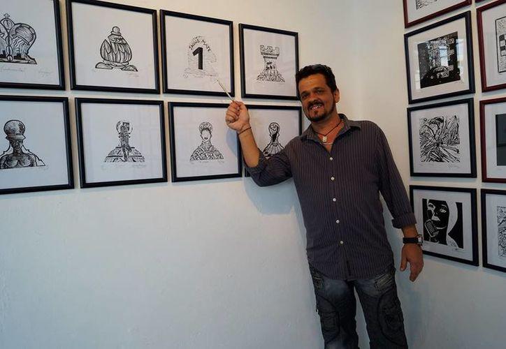 """La exposición """"Mosaicos por el mundo"""" forma parte de un proyecto llamado Puente de amor e historia. (Foto: Redacción/SIPSE)"""