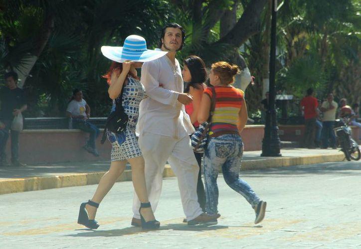 Las elevadas temperaturas continuarán en Mérida, lo que propiciará fuerte bochorno. (José Acosta/SIPSE)
