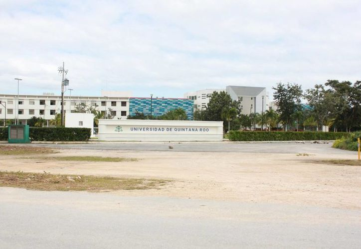 Invierten 16 millones de pesos en el nuevo edificio de la Uqroo Playa del Carmen. (Adrián Barreto/SIPSE)