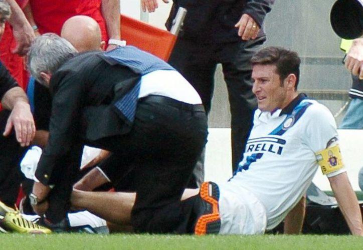 Zanetti se lesionó el domingo durante la derrota por 1-0 frente al Palermo. (Agencias)