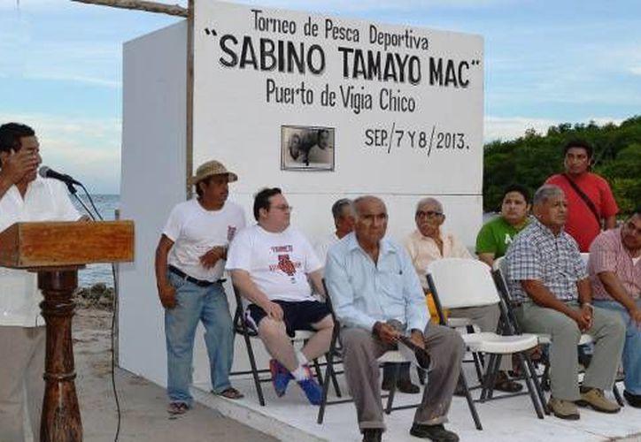 Se realizó una ceremonia previa a las actividades, en donde se leyó una reseña biográfica de Sabino Tamayo Mac. (Redacción/SIPSE)