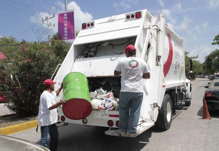 Aún falta el pago de 20 mil empresas catalogadas como grandes generadoras de basura. (Tomás Álvarez/SIPSE)
