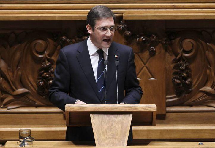 El primer ministro luso Pedro Passos Coelho se dirige a los parlamentarios. (EFE)