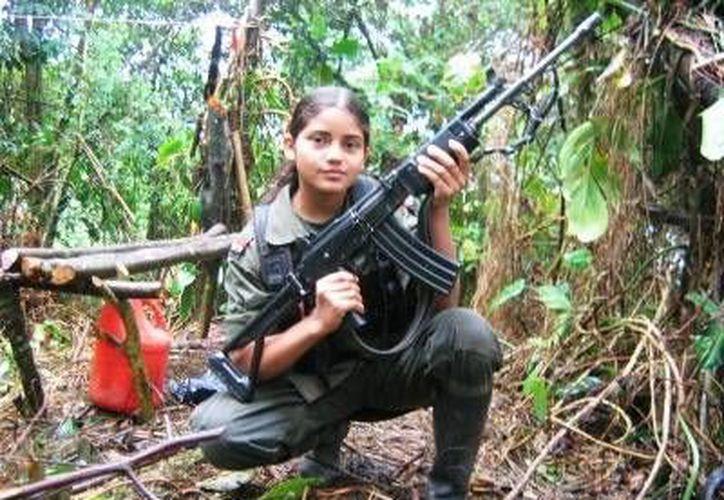 Cientos de niños colombianos son víctimas de reclutamiento por parte de las FARC. (novanacional.com)