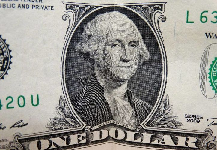Banorte vende el billete verde en 18.30 pesos. (SIPSE)