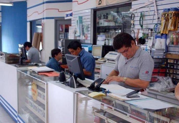 Bancos de desarrollo, que entre otras funciones dan financiamiento a Pymes, se reunirán en Cancún. (Archivo/SIPSE)