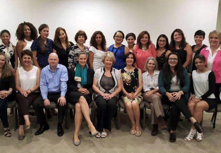 Mujeres emprendedoras participaron en el programa donde visitaron instituciones de Gobierno, emprendedores y aceleradoras de negocios en seis diferentes ciudades de EU. (Milenio Novedades)