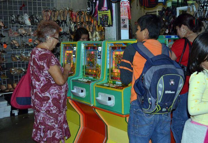 La ludopatía es una constante en Yucatán, pues tan solo en Mérida hay varios casinos, e incluso en el centro hay minicasinos para personas con escasos recursos. (SIPSE)