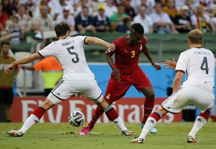 El ghanés Asamoah Gyan tiene el mejor promedio de goles de todo el Mundial. (EFE)