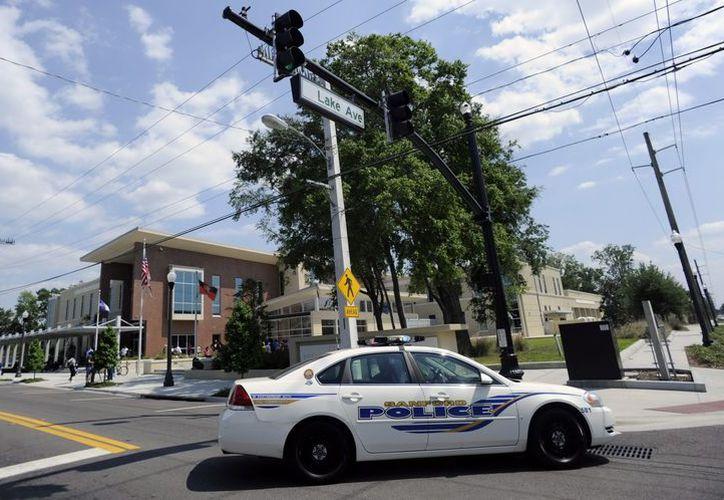 La propuesta se produce a raíz de la masacre de la escuela Sandy Hook en Newtown, Connecticut. (EFE)