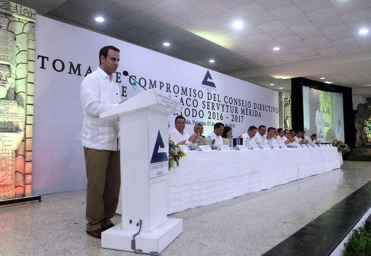 Juan José Abraham Dáguer pidió preservar los niveles de paz que distinguen a Yucatán. (Amílcar Rodríguez).