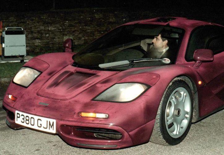 La reparación del McLaren F1 de Atkinson fue publicada en  la revista Classic & Sports Car. (Agencias)