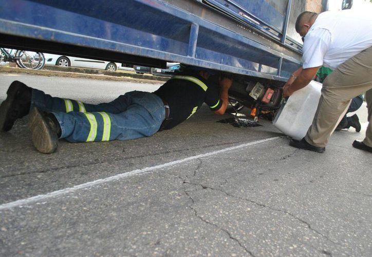 Los hechos ocurrieron cuando el conductor del vehículo maniobraba en la supermanzana 50. (Redacción/ SIPSE)