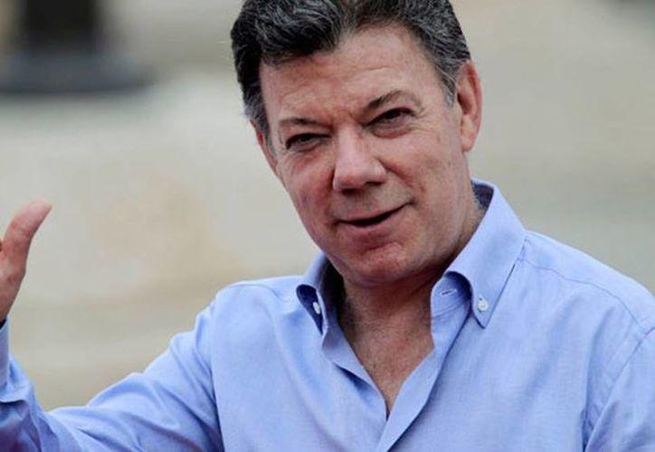 Al parecer fueron interceptados los correos electrónicos del presidente de Colombia Juan Manuel Santos y de representantes de las FARC en el proceso de paz con el gobierno. (Archivo SIPSE)