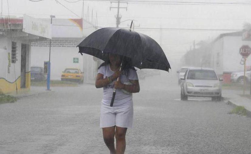 Sugieren tomar precauciones por el clima. (Novedades Yucatán)
