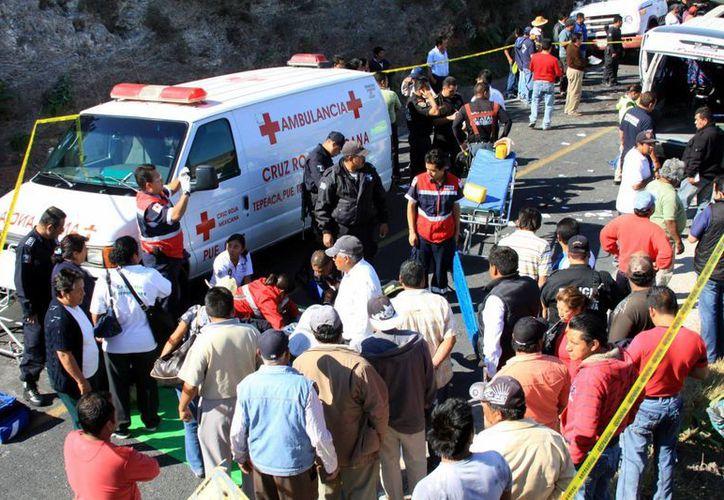 Al lugar llegaron paramédicos para atender a los lesionados. (Imagen de contexto/Notimex)
