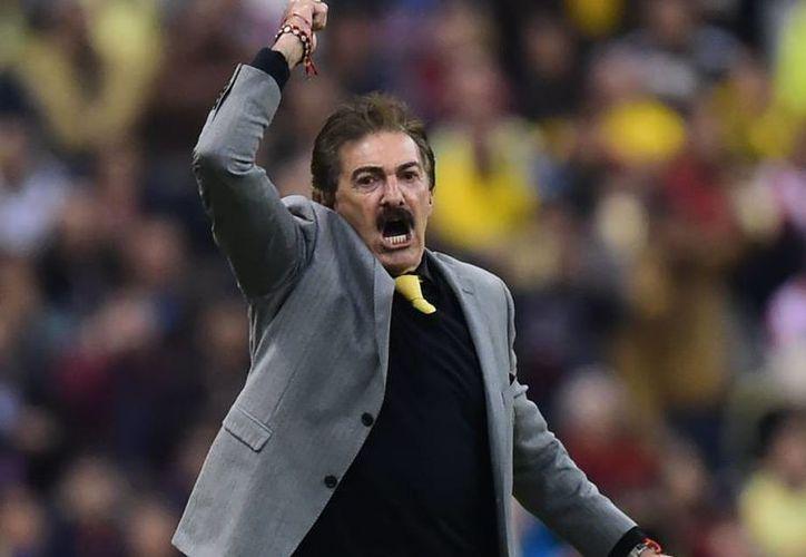 Ricardo La Volpe asegura que su tiempo con las Águilas no ha terminado. (El País)