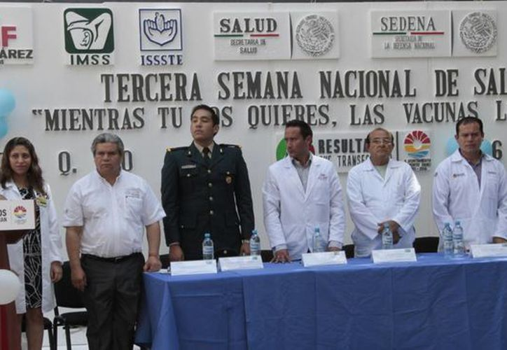 La inauguración del programa de vacunación fue en las instalaciones del Issste. (Tomás Álvarez/SIPSE)