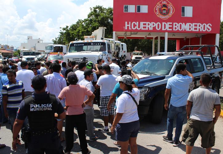 El ayuntamiento interpuso denuncias por daños al patrimonio y lesiones contra quienes resulten responsables. (Adrián Barreto/SIPSE)