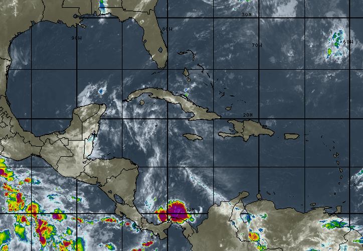 Se espera cielo mayormente nublado, con el 20 por ciento de probabilidad de lluvias en Cancún. (Intellicast)