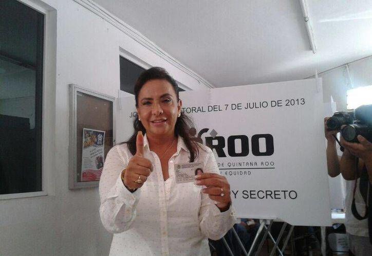 Graciela Saldaña Fraire acudió a votar a la casilla 105 del Distrito IX. (Jazmin Ramos/SIPSE)