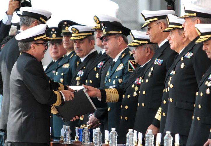 El secretario de Marina, Francisco Saynez, propuso al Ejecutivo los nombramientos, que fueron ratificados por el Senado de la República. (Imagen de Archivo/Notimex)