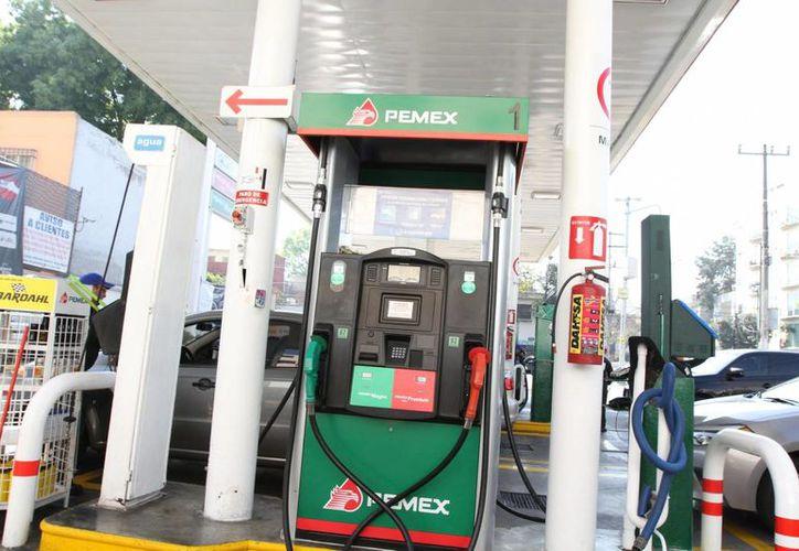 El desabasto de gasolina ha afectado a varios estados del país. (Archivo/Notimex)