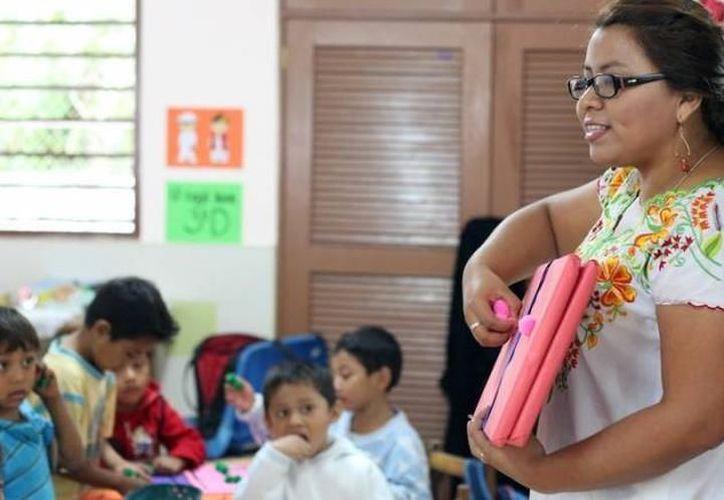 El plan de acción servirá para impulsar un programa de carácter bilingüe. (Foto: Contexto/SIPSE)