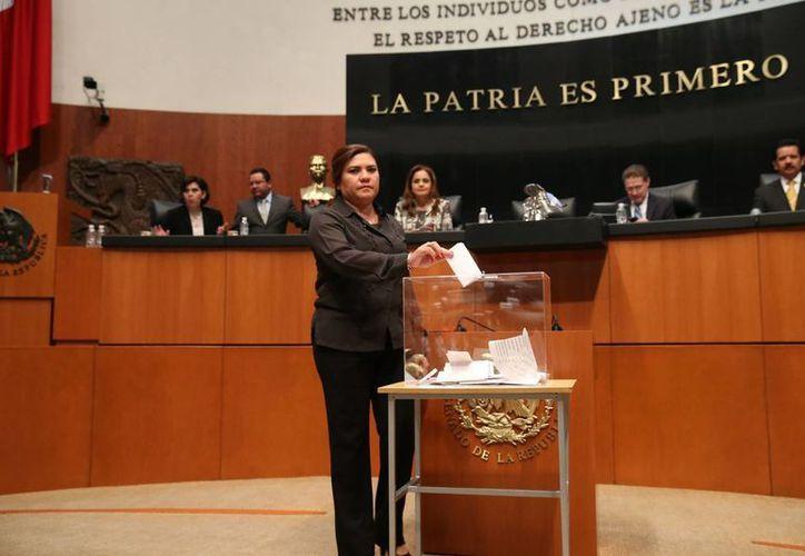 La senadora Rosa Adriana Díaz Lizama señala que el PAN está preocupado por el estancamiento de México. (SIPSE)