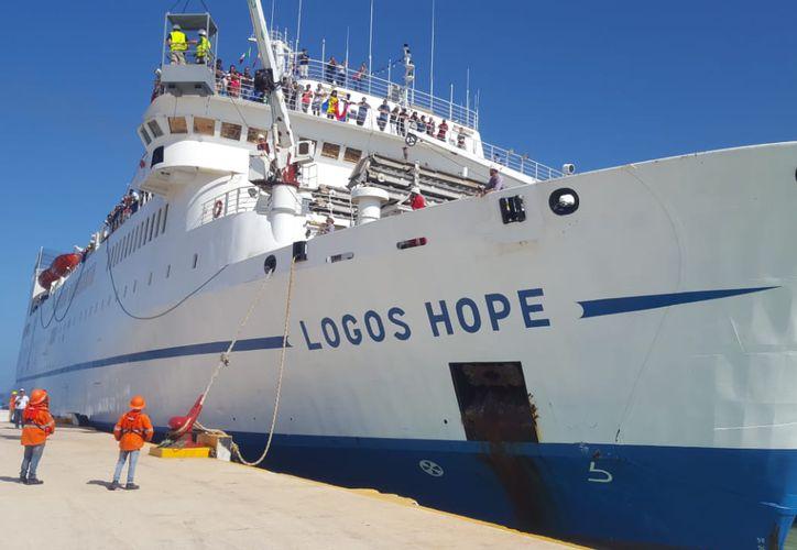 Hoy miércoles 11 de Julio llegó Logos Hope a Progreso, Yucatán. Es la librería flotante más grande del mundo. Abrirá sus compuertas a partir del 19 de Julio. (Gerardo Keb/Milenio Novedades)