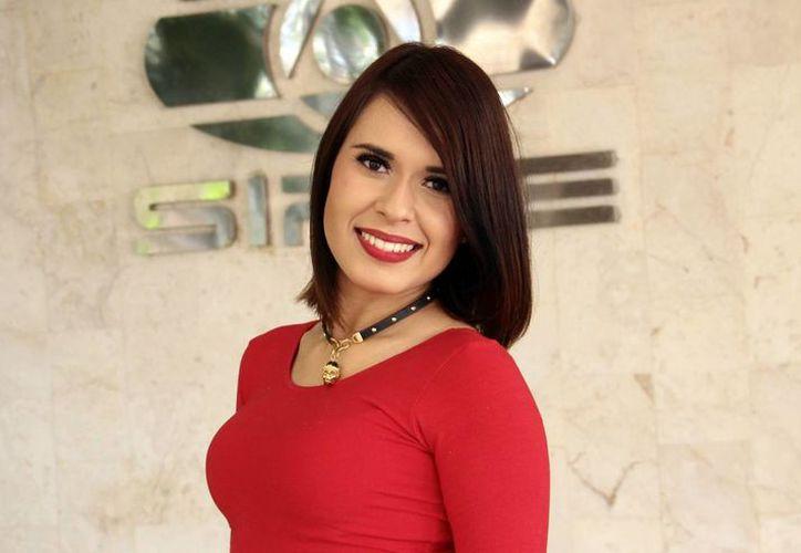 La cantante Karen Luna llego a Mérida para promocionar su primer sencillo titulado 'Cougar', del álbum Indestructible. (Milenio Novedades)