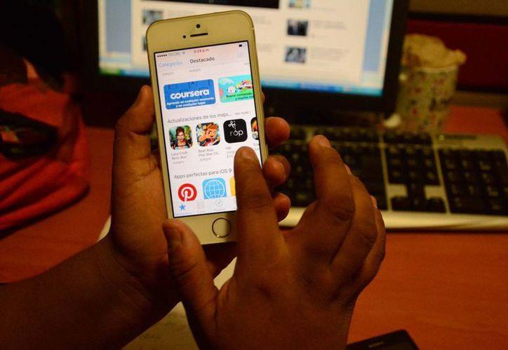 El desarrollo de las aplicaciones es la nueva tendencia en el campo económico. (Victoria González/SIPSE)