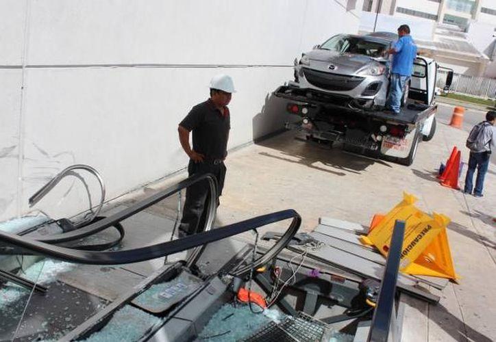 Los accidentes son un factor para que las compañías aseguradoras decidan incrementar sus precios. (Imagen estrictamente ilustrativa/ Milenio Novedades)