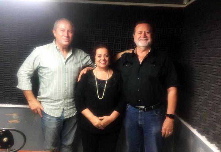 El programa, que tuvo como invitado al escritor Alberto Haggar, fue conducido por Jorge Barrera y Esperanza Nieto. (SIPSE)