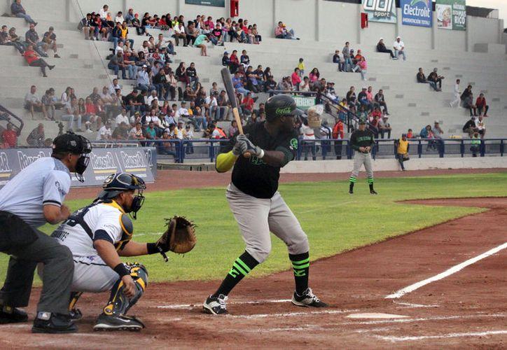 Leones de Yucatán perdió 10-5 en el segundo partido de la serie de su visita a Rieleros de Aguascalientes. (Cortesía)