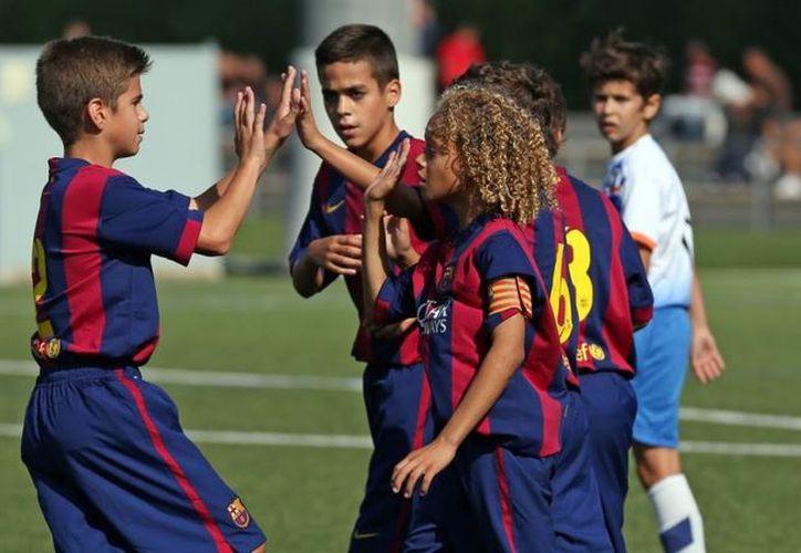 El proyecto del club catalán prevé atender hasta 400 niños y niñas mexicanos. (Foto: Guate News)