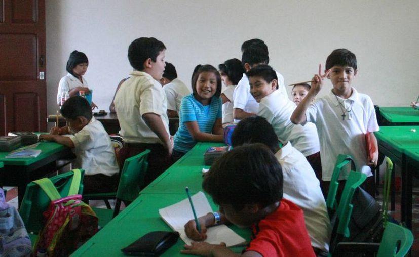 Los estudiantes avecindados en Yucatán volverán a las aulas hasta el día 8. (SIPSE)