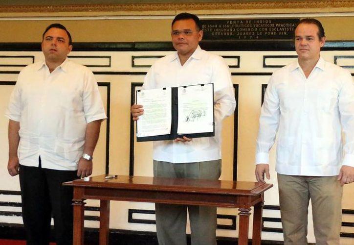 El Gobernador presentó su propuesta  de eliminación de fuero, el lunes pasado. (Milenio Novedades)