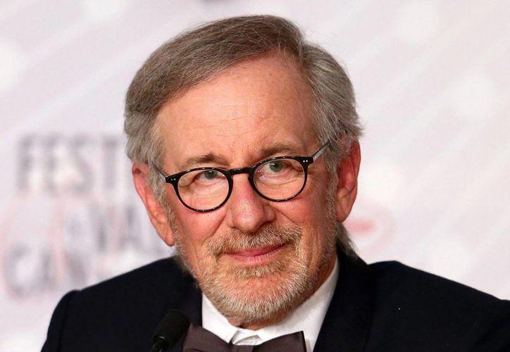 Spielberg y sus abogados seguramente responderán al video en el que al parecer se muestra al cineasta drogándose.  (independent.co.uk)