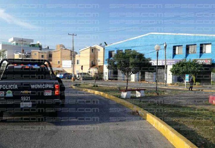 Los hechos sucedieron en la Av. Kabah y calle Robles. (Luis Hernández/SIPSE)