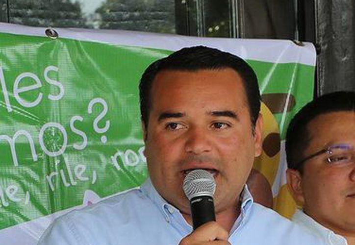 El alcalde Renán Barrera está en el ojo del huracán en el marco de la adquisición de 72 mil lámparas. (Milenio Novedades)