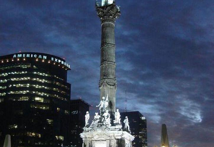 Apagarán mañana al Ángel de la Independencia por la Hora del Planeta. (Foto de Wikipedia)