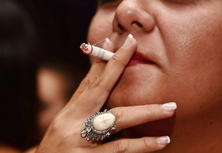 El tabaquismo ocasiona ciertas enfermedades que no se pueden tratar en Cozumel, debido a la falta de infraestructura. (Gustavo Villegas/SIPSE)