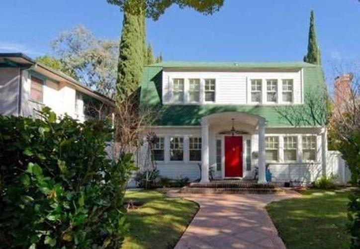 La casa tiene un costo de 2.1 millones de dólares. (hollywoodreporter.com)