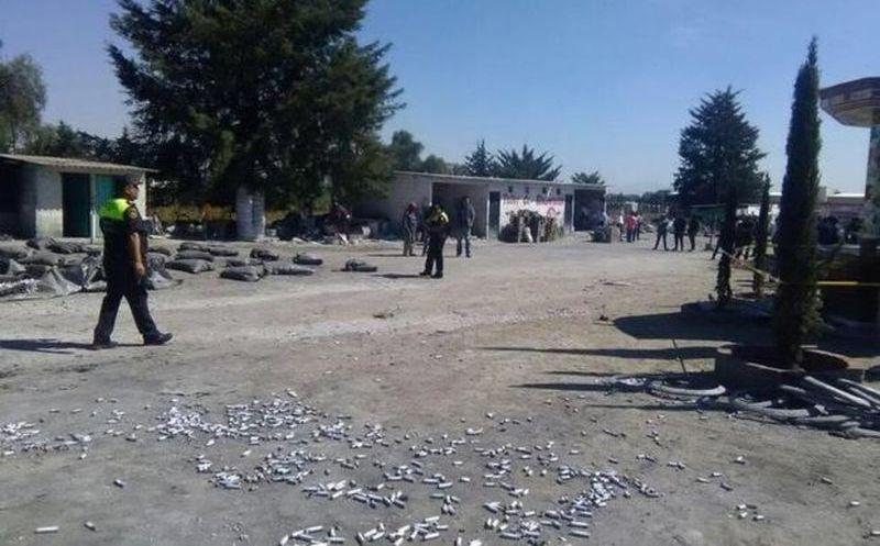 Un muerto y dos heridos por explosión de pirotecnia en Edomex