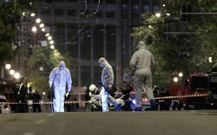Los sospechosos de explotar la bomba iban a bordo de una motocicleta. (Foto: Internet)