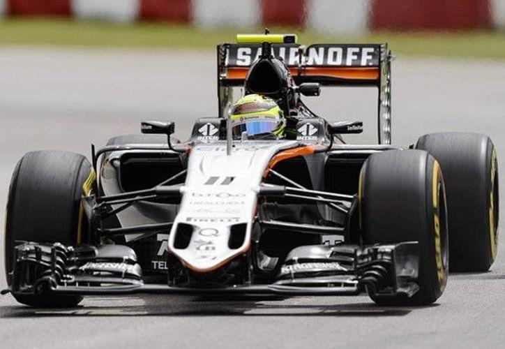 Sergio Pérez tuvo una destacada labor, antes de la sesión de clasificación para la carrera del próximo domingo.(AP)