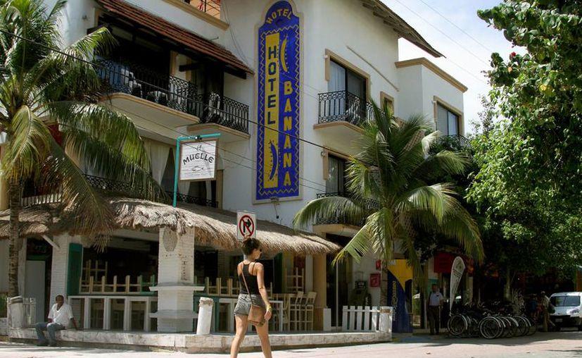 Los pequeños hoteles del centro están tardando en llenarse en fin de año. (Foto: Adrián Barreto/SIPSE)
