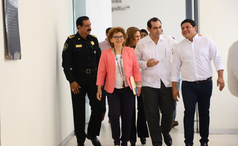 La comparecencia de los funcionarios ante la Comisión Permanente de Presupuesto del Congreso local duró cinco horas. (Jorge Acosta/Novedades Yucatán)