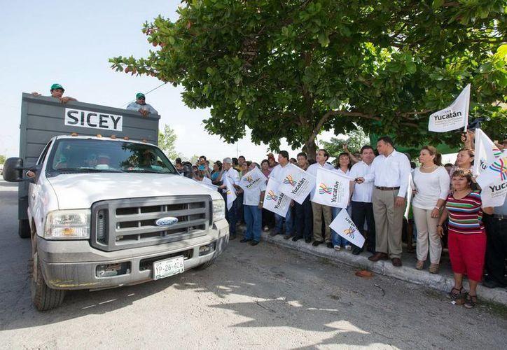 El Gobernador dio el banderazo para el inicio de la campaña. (Milenio Novedades)